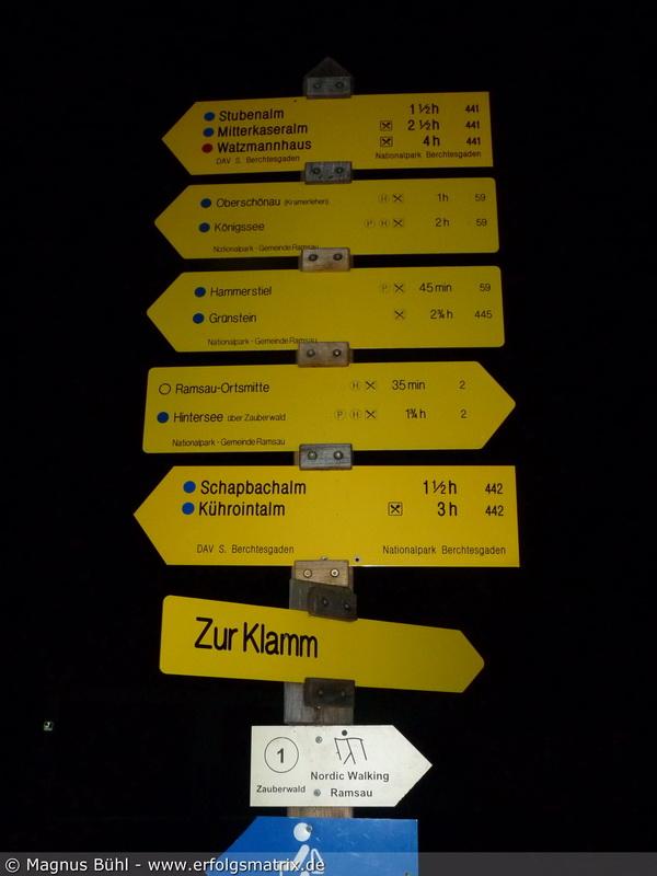 Watzmann-Überschreitung am 01. August 2013 - 4 Stunden bis zum Watzmann-Haus behauptet das Schild .. hmm :-)