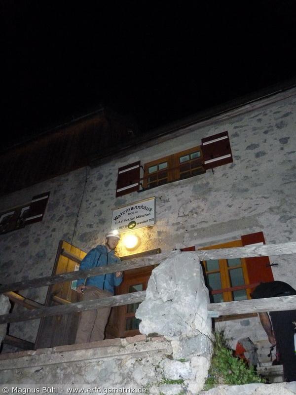 Watzmann-Überschreitung am 01. August 2013 - die ersten Aufbrecher vom Watzmann-Haus