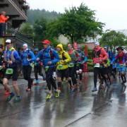 Zugspitz Ultratrail - Start, der erste Kilometer durch Grainau